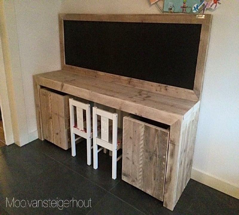 speeltafel steigerhout, + schoolbord