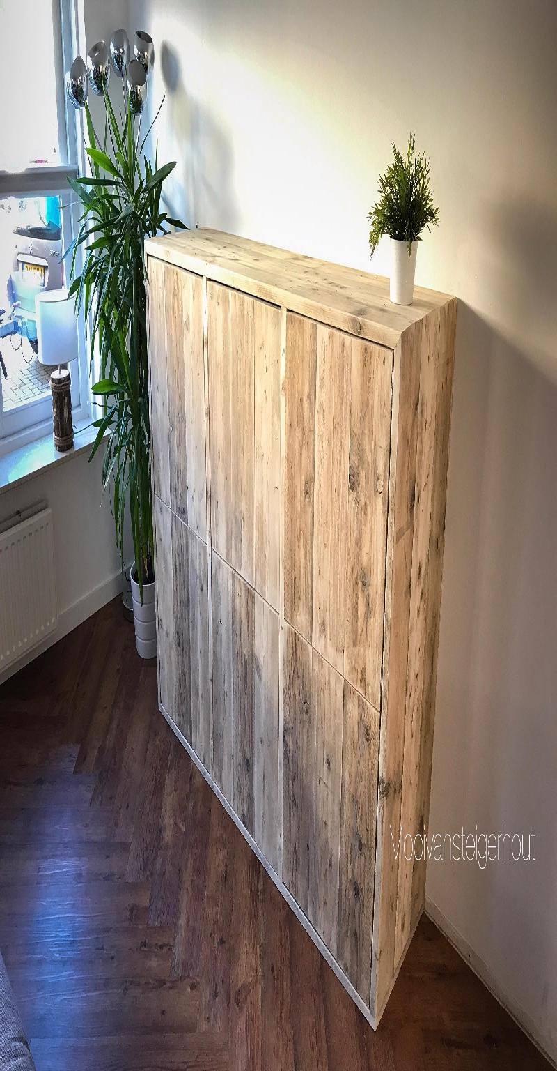 dressoir van steigerhout.